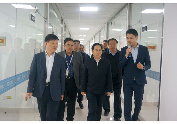Li xixin, deputy secretary and mayor of taian city, shandong province